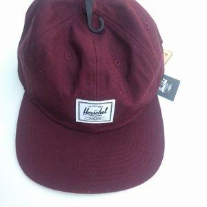 NWT Herschel maroon baseball style adjustable hat